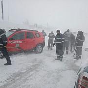 igsu peste 5000 de pompieri militari cu peste 3000 de mijloace tehnice pregatiti sa intervina in zonele vizate de avertizarile de vreme rea