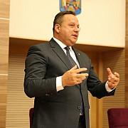 presedintele consiliului judetean calarasi vasile iliuta a fost trimis in judecata de dna