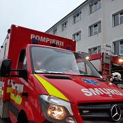 incendiu violent izbucnit intr-un spital din maramures opt echipaje de pompieri si paramedici au intervenit de urgenta care este starea pacientilor