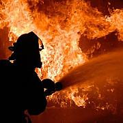 incendiu violent la o fabrica de mase plastice