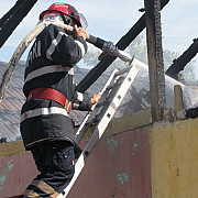 incendiu la o casa din complexul de la valea screzii infiintat de preotul tanase