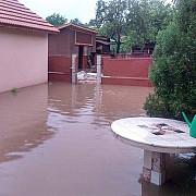 cod galben de inundatii pentru rauri din unsprezece judete inclusiv prahova