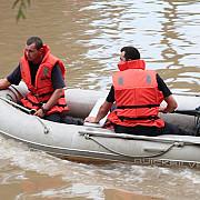 adolescent disparut in apele unui baraj intre valeni si drajna pompierii il cauta cu scafandarii
