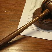 tribunalul bucuresti decide ca o romanca sa-si plateasca creditul in chf la cursul de la semnarea contractului
