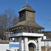 incredibil  guvernul ia in calcul inchiderea bisericilor