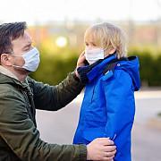 masca este obligatorie in prahova si in spatii deschise  amenzi uriase pentru incalcarea acestei dispozitii