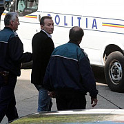 radu mazare este in custodia politiei romane in cursul zilei el va fi adus in romania