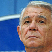 ministrul de externe teodor melescanu audiat la dna in dosarul privind oug 13