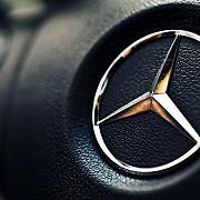 mercedes-benz si-a pastrat in 2017 titlul de cel mai mare constructor auto mondial de automobile de lux