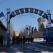 petrosani sase lideri sindicali au intrat in greva foamei pentru situatia grava din minerit