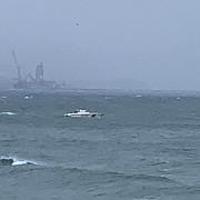 o nava ruseasca s-a scufundat in marea neagra un echipaj romanesc intervine pentru salvarea marinarilor aflati la bord