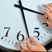dormim mai mult cu o ora cand trece romania la ora de iarna