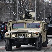 armata cumpara intre 40 si 286 de autoturisme de teren blindate in valoare maxima de aproximativ 82 de milioane de euro