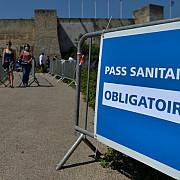 franta impune permisul sanitar pentru accesul in muzee cinematografe si alte astfel de spatii dupa explozia de cazuri de covid