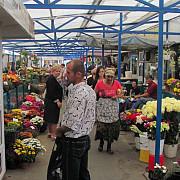 razie in piata de legume de la puchenii mari sapte tone de fructe si legume confiscate