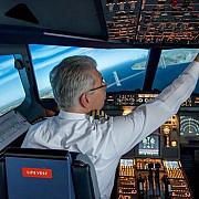pilotii intre cei mai loviti angajati de criza pandemica klm le reduce salariile pana in 2025 emirates ii trimite in concediu un an