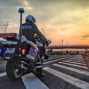 razie de amploare in ploiesti si localitatile limitrofe sute de politisti in strada