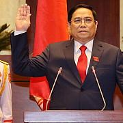 noul premier al vietnamului a studiat in romania si a lucrat la ambasada din bucuresti