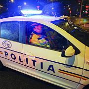 razie a politistilor si jandarmilor in intreaga tara fortele de ordine verifica respectarea masurilor impuse in starea de alerta in special interdictia de a circula noaptea