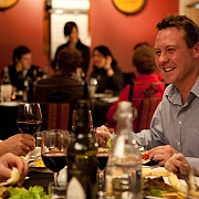 gata distractia  de maine incepe inchiderea restaurantelor
