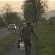 reportaj la televiziunea publica germana fermierii care angajeaza romani incalca regulile impuse de stat
