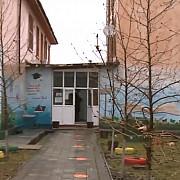 doi elevi minori au avut relatii intime in toaleta scolii directorul este acuzat ca stia dar ca ar fi incercat sa musamalizeze cazul