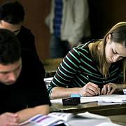 elevii de clasa a viii-a incheie vineri cursurile iar de luni vor sustine evaluarea nationala