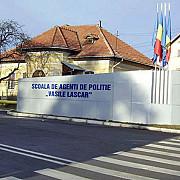 directorul scolii de agenti de politie din campina iese la pensie