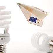 jumatate dintre consumatorii casnici de gaze si electricitate vor achita facturi semnificativ mai mari incepand de astazi