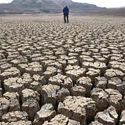 restrictii la consumul de apa in 60 de regiuni din franta din cauza secetei