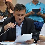 lovitura de teatru consilierul liberal sarbu il critica pe primarul dobre pentru salubritate