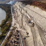 alunecare de teren pe autostrada a1 tronsonul lugoj deva