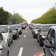 trafic ingreunat pe dn 1 in zona comarnic- camion a ramas blocat pe un sens de mers