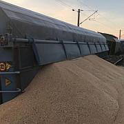 blocaj masiv pe calea ferata un tren de marfa cu 37 vagoane a deraiat  trenuri deviate si curse anulate