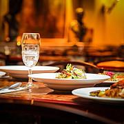 un restaurant din timis asigura transport gratuit clientilor care vor sa bea alcool la cina