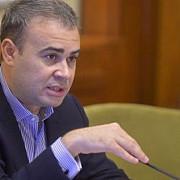 darius valcov a demisionat din functia de senator