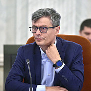 ministrul economiei ministrul economiei subventiile la energie si gaze catre toti romanii trebuie sa inceteze la energie si gaze catre toti romanii trebuie sa inceteze