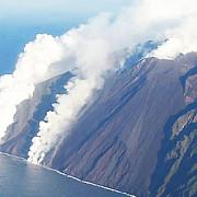 incendii si tsunami in italia dupa eruptia vulcanului stromboli cantitati uriase de lava