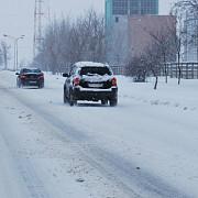 accidente dupa prima ninsoare 3 tir-uri s-au ciocnit si un microbuz plin cu oameni s-a rasturnat intr-un sant