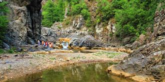 destinatii in romania cascada ciucas o minune a naturii