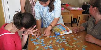 evaluare psihologica gratuita pentru persoanele cu autism