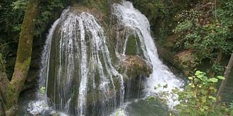 formidabila forta a naturii cascada bigar afectata de viituri si-a revenit spectaculos