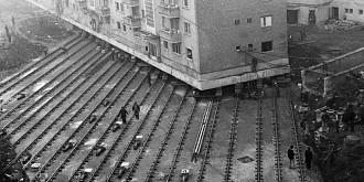 cum a fost mutat un bloc din alba iulia cu 80 de apartamente si o greutate de 7600 de tone