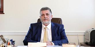 avocatul george botez ii solicita senatorului dumitrescu actele care i-au permis folosirea acoperisului primariei pentru o conferinta politica