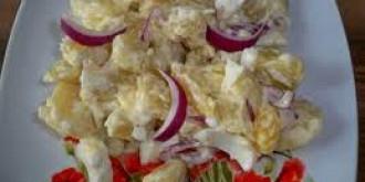 salata de cartofi o cina gustoasa