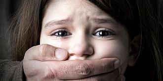 sub semnatura lui orban guvernul blocheaza majorarea pedepselor pentru agresorii sexuali de copii si trimite legea la ccr pentru ca sunt discriminati pedofilii