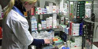 aproximativ 1000 de farmacii s-au inscris pentru a putea efectua teste rapide pentru depistarea covid-19