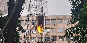 incendiu violent la spitalul de copii sf maria din iasi flacarile au cuprins cel putin un salon