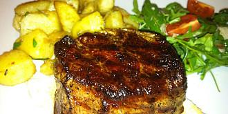 pranz de week-end- muschiulet de vita si cartofi cu rozmarin
