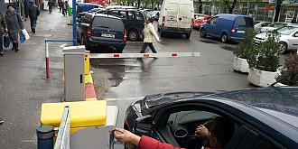 acces liber de sarbatori in parcarea halelor centrale
